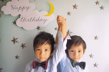 birthdayboyの王道!シャツに蝶ネクタイ、キリッとヘアーで正統派スタイル♪