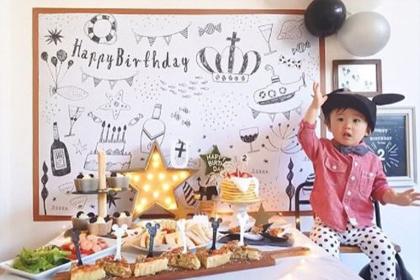 撮影にも、お誕生日の飾り付けにも!おうち写真館をフル活用♡