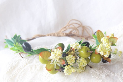 100均でもこんなに可愛い♡手作り花冠を簡単&オシャレに仕上げる方法とは?